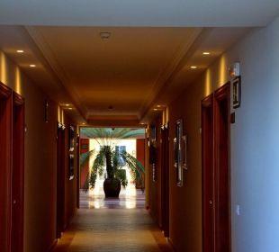 Flur im Hotel Hotel Riu Garoe