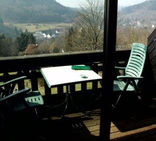 Aus Zimmer über Balkon mit Panorama Landhaus Müllenborn