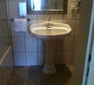 Badezimmer mit Dusche/Badewanne Hotel Residence Bremen