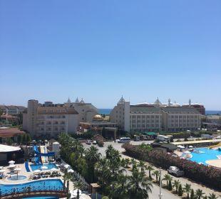 Ausblick aus Zimmer 1418 Hotel Side Crown Palace