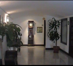 Lobby, Weg zu den Zimmern TRH Mijas