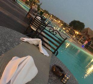 """Von dem Restaurant """"Zum Kaiser"""" Aussicht zum Pool Jungle Aqua Park"""