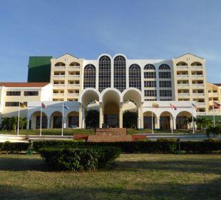 Hotel von vorne Hotel Quinta Avenida Habana