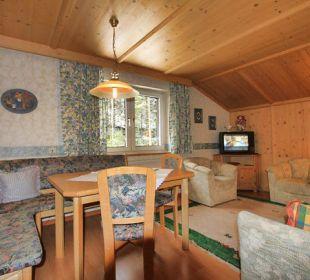 Wohnzimmer Ferienwohnung Pension Sonneck