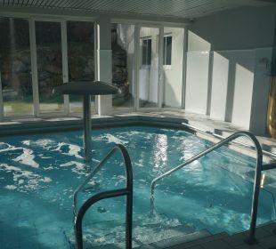 Ausschnitt vom Whirlpool im Mondi Bellevue MONDI-HOLIDAY First-Class Aparthotel Bellevue
