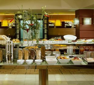 Breakfast Buffet K+K Hotel Maria Theresia