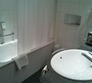 Badezimmer funktional eingereichtet Hotel Basel