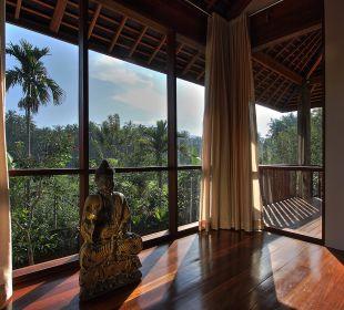 Rumah Isah - Schlafraum - Ausblick am Morgen Nusa Indah Bungalows & Villa