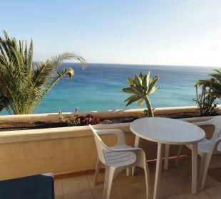 Nichts als Meer (und etwasTerrasse) Hotel Rocamar Beach