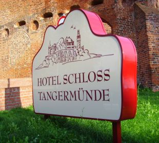 Hotelschild Ringhotel Schloss Tangermünde