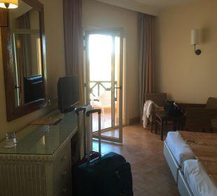 Schönes Zimmer Hotel Safira Palms