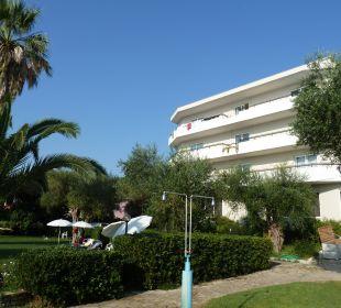 Außenansicht Hotel Elea Beach