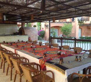Orientalischer Abend an der Strandbar Sensimar Makadi Hotel
