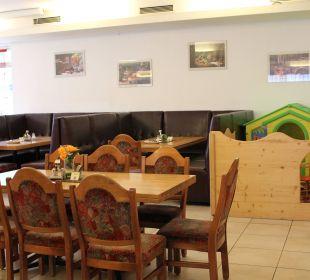 Speißesaal, Spieleecke Gasthof zum Löwen