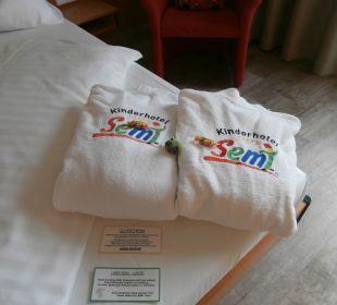 Bandemäntel für alle Kinderhotel SEMI