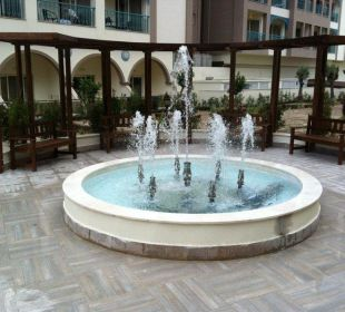 Kleine Gartenanlage Relax Hotel Side Crown Palace