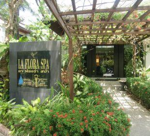 Spa-Eingang La Flora Resort & Spa