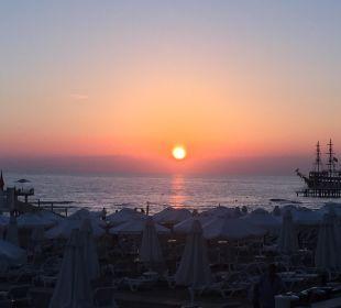 Strand Bar Sonnenuntergang Barut Arum
