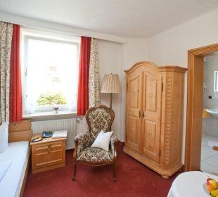 Einzelzimmer mit Bad/WC Gästehaus Hotel Garni Zibert