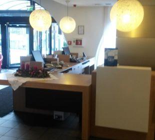 Rezeption / Lobby Hotel Ibis Bochum Zentrum