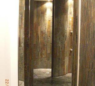 Duschanlage im Saunabereich Hotel Roslehen