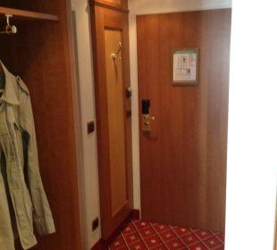 Eingangsbereich in Zimmer 333 Hotel Platzl