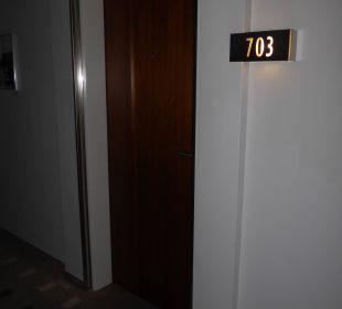 Tür zu Zimmer 703 Pullman Dresden Newa