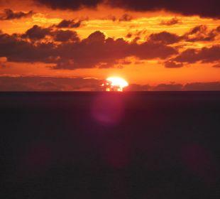 Sonnenuntergang vom Hotelzimmer Mayor Pelekas Monastery