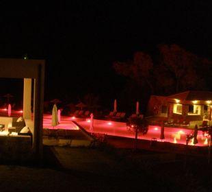 Abendliche Poolbeleuchtung