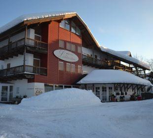 Schneemassen  Hotel Lichtenstern