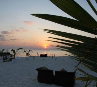 Ein Tag geht zu Ende Hotel Constance Moofushi Resort