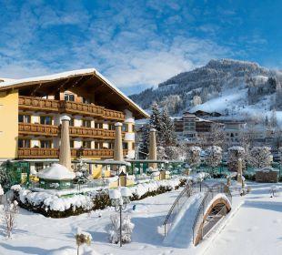 Direkt an der Alpendorf Gondelbahn Verwöhnhotel Berghof