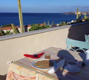 Frühstück im dritten Stock an der frischen Luft Hotel Gran Rey