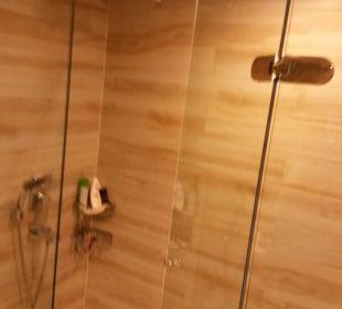 Duschanlage mit Kopfbrause Gloria Verde Resort