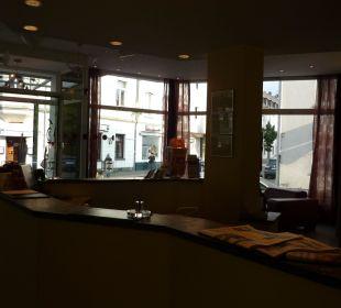 Empfang Hotel Uhu Köln