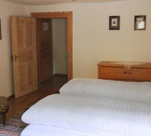 Schlafzimmer der Suite Nr. 9 Swiss-Historic-Hotel Münsterhof