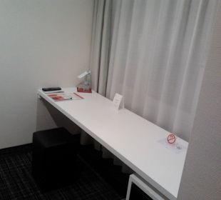 Nebenraum Schreibtisch Comfor Hotel Frauenstrasse