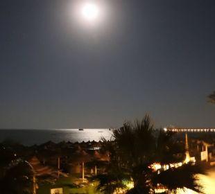 Bei Nacht TUI SENSIMAR Makadi Hotel
