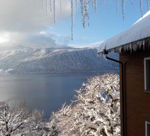 Wintermorgen, Sicht aus dem Hotelzimmerfenster Hotel Zentrum Ländli