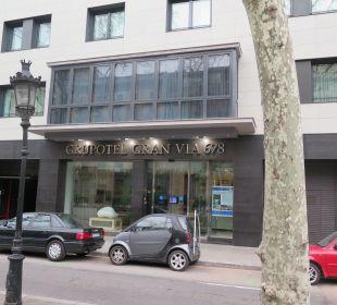 Hoteleingang Grupotel Gran Via 678
