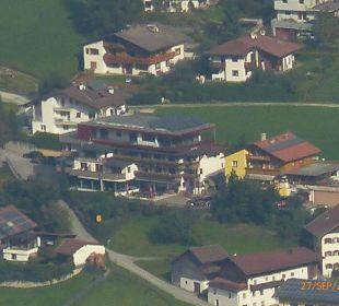 Hotel Bergkranz gesehen vom Schlik 2000 Hotel Bergkranz