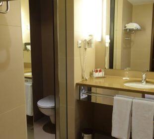Bad mit abgetrenntem WC Austria Trend Hotel Savoyen Vienna