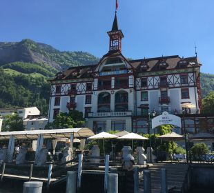 Außenansicht Hotel Vitznauerhof