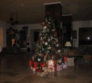Weihnachtsbaum an der Lobby VIK Hotel San Antonio