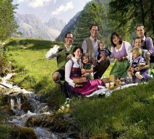Familienfoto Familie Obernosterer/Oberluggauer Der Paternwirt