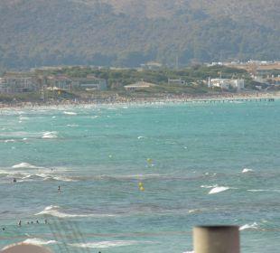 Ausblick bis zum Strand Alcudia Pins JS Hotel Miramar