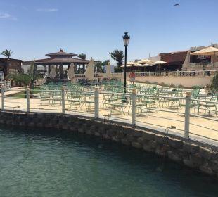 Bar Dana Beach Resort