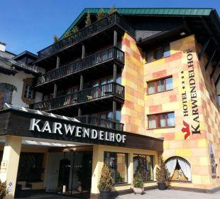 Hoteleingang Hotel Karwendelhof