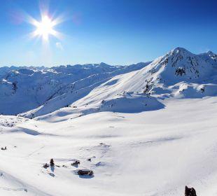 Sonnenglück im Zillertal: 100% Schneesicherheit Hotel Lamark