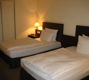 Das Bett war sehr bequem Ramada Nürnberg Parkhotel
